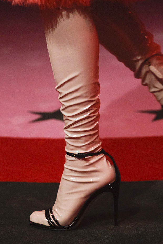 gucci-ss17-latex-sandals