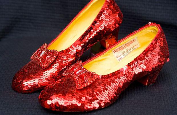 le-magicien-oz-dorothy-shoes