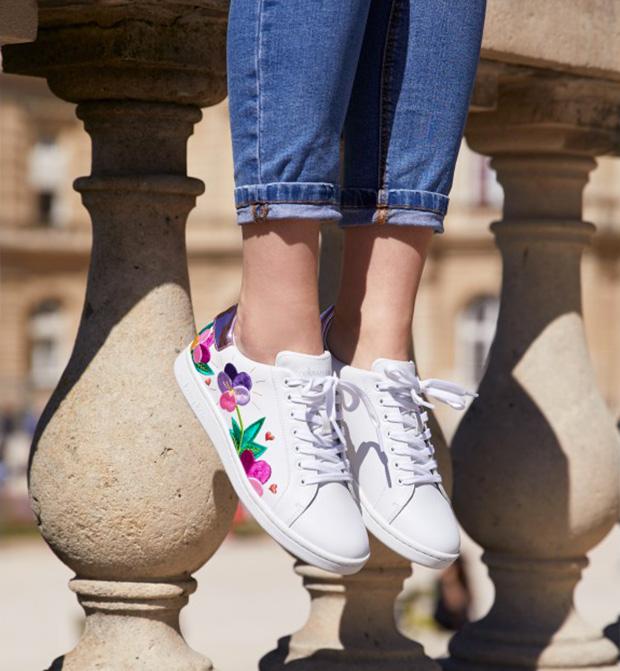 Wanted   des sneakers à fleurs.   933f760a070
